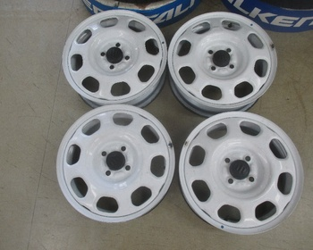 Suzuki - Hustler (MR31S) Genuine 15 inch steel wheels